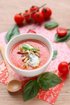 """La """"Pose"""" Gourmande : Gaspacho ! D'autres recettes de gaspacho ici : www.enviedebienmanger.fr/idees-recettes/recettes-gaspacho"""