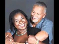 The great Randy Crawford performs SKYLARK with the late jazz mater Joe Sample and his trio.
