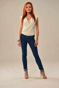 Mary Havranová Redheads, Celebration, Mary, Celebrity, Woman, Chic, Girls, Pants, Style