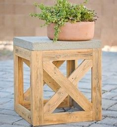100 Cheap and Easy DIY Backyard Ideas | Prudent Penny Pincher