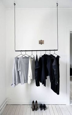Clothes Rail Closet Organizer Ideas   Chic Ideas In Organizing Bedroom Closets, Clothing and Accessories