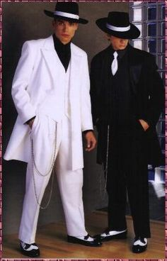 "Classic Black and white Zoot Suits, ""Pachucos"" as it was known in the Chicano Culture. love the black one minus the hat Zoot Suit Wedding, Wedding Suits, Wedding Tuxedos, Wedding Attire, Mafia Party, Tuxedo Pants, Tuxedo Suit, Tuxedo Jacket, Shyvana League Of Legends"