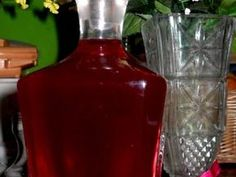 Λικέρ Φράουλα Wine Decanter, Ketchup, Hot Sauce Bottles, Liquor, Recipies, Food And Drink, Drinks, Cooking, Yummy Yummy