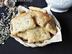 Biscuiti cu branzeturi si mix de seminte - imagine 1 mare Dairy, Pizza, Cheese, Snacks, Meat, Chicken, Ethnic Recipes, Food, Decor