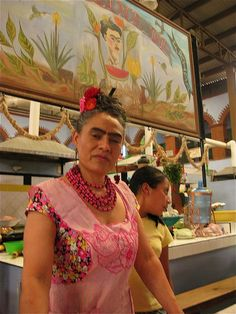 Isn't she amazing? She runs a food counter in a Mexican market I visited last month. I LOVE HER.