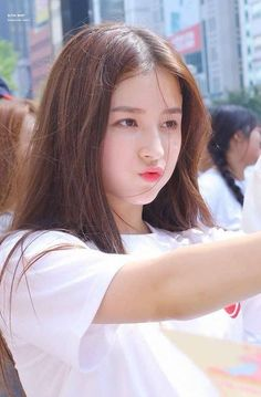 Sweety Girl From Korean Nancy Jewel Mcdonie, Nancy Momoland, Ulzzang, Photo Recreation, Lovely Girl Image, Cool Girl Pictures, Stylish Girl Pic, Cute Beauty, Girls Dpz