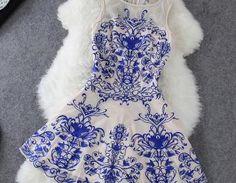 Fashion Lace Embroidery Sleeveless ..