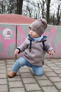 Here comes the second part of our beautiful Oskar Probenähbilder :] Oskar you get until Sunday at the introductory price […] Sewing Projects For Kids, Sewing For Kids, Baby Sewing, Baby Boy Fashion, Kids Fashion, Easy Baby Blanket, Fabric Purses, Kids Patterns, Cute Baby Clothes