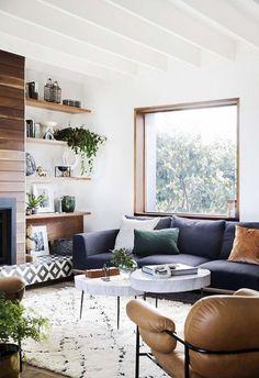 Ce salon chaleureux est à la fois graphique et cosy !
