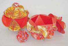 Prosperity pots Chinese Crafts, Red Packet, Origami Paper Art, Cardboard Paper, Red Envelope, Chinese Lanterns, Chinese Culture, Chinese New Year, Diy Toys