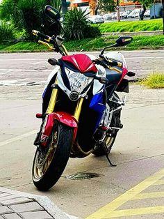 Yamaha Bikes, Motorcycles, Cb 1000, Best Motorbike, Honda Cb, Motorbikes, Vehicles, Hornet, Wheels
