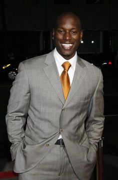 Tyrese! This man makes my eye brows sweat. I still think he one of the sexiest men to walk Earth...super swoon