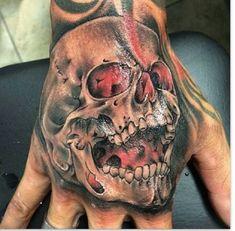 Skull Hand Tattoo, Hand Tats, Skull Tattoos, Body Art Tattoos, Cool Tattoos, Clock Tattoo Design, Skull Tattoo Design, Tattoo Designs, Sweet Tattoos