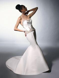 Victor Harper wedding gown found at bridalboutiquebr.com