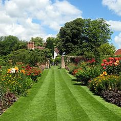 Pashley Manor Gardens On the border of East Sussex and Kent