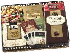 Broadway Basketeers Gourmet Collection Gift Tray - http://www.yourgourmetgifts.com/broadway-basketeers-gourmet-collection-gift-tray/