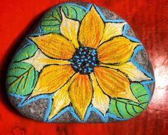#rockartist #paintedrocks #veganartist #flowerart #flowerrock Rock Artists, Rock Painting, Painted Rocks, Flower Art, Decorative Plates, Flowers, Home Decor, Painting On Stones, Painted Stones