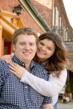 www.lillybugphotography.com engagement photos Indianapolis photographer