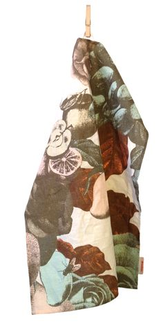 Boudoir pastel- tea towel by Studio Lisa Bengtsson.