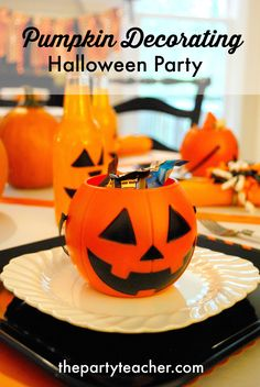 How to Host a Pumpkin Decorating Halloween Party by The Party Teacher Halloween Party Activities, Halloween Kids, Halloween 2020, I Party, Party Ideas, Diy Ideas, Craft Ideas, Teacher Party, Pumpkin Carving Party
