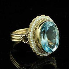 Oval Blue Topaz Victorian Ring 14K Yellow Gold por OroSpot en Etsy