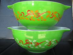 Vintage Pyrex Christmas Bowl. $100 Very Rare!