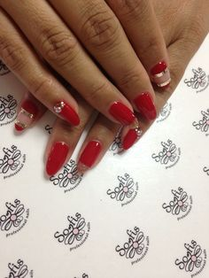 Amazing red nails for Valentine's Day !!!! www.somfisnails.com