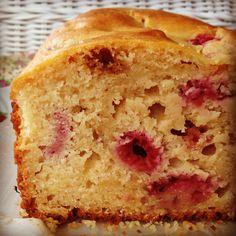 raspberry & lemon yoghurt loaf
