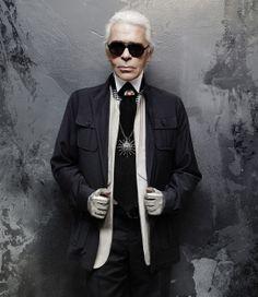 Los aromas ahora son el principal interés de Karl Lagerfeld y en dos presentaciones, para hombre y mujer, demuestra que su ingenio puede trascender varios sentidos, pero nunca dejando la moda de lado.  http://www.liniofashion.com.co/linio_fashion/perfumes-para-hombre-fashion?utm_source=pinterest&utm_medium=socialmedia&utm_campaign=COL_pinterest___fashionperfumes_20140327_15&wt_sm=co.socialmedia.pinterest.COL_timeline_____fashion_20140327perfumes.-.fashion
