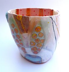 Slipware pot © Linda Styles Ceramics 2014