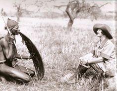 Osa Johnson making friends in Africa, wishbonesblog.com