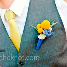 Blue and yellow is an unexpected color palette for a summer wedding in the city.