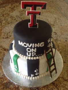 A moving up from high school to college cake. Love this idea!