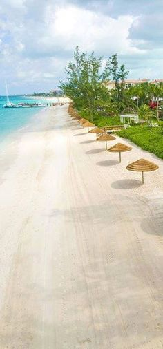 Beach in Turks_and_Caicos_Island