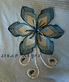 This Pin was discovered by Ser Needle Lace, Lace Making, Embroidery Art, Knots, Diy And Crafts, Textiles, Brooch, Crochet, How To Make