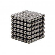In 30 seconden de Rubik's Kubus oplossen, in één ogenblik de uitkomst van een Sudoku puzzel zien en geen kruiswoordpuzzel die aan jou ontkomt. Wij  hebben een nieuwe uitdaging voor jou: Magneetballetjes. #Nanodots #Black #Awesome