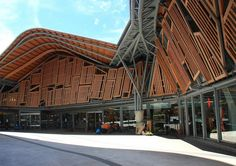 Santa Caterina Market / EMBT Associated Architects. Barcelona, España. Wood wonders