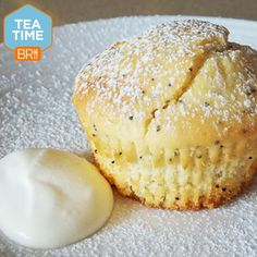 Pop one of these delicious orange and poppy seed muffins in your gob ASAP! Tea Recipes, Muffin Recipes, Sweet Recipes, Dessert Recipes, Desserts, Recipies, Healthy Treats, Yummy Treats, Sweet Treats