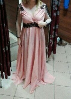 Kup mój przedmiot na #vintedpl http://www.vinted.pl/damska-odziez/dlugie-sukienki/16370176-pudrowy-roznowa-sukienka-dluga-na-studniowke