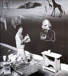 Salvador Dali at Work, The Dream of Venus, New York World's Fair, 1939