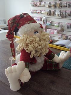 Christmas Crafts, Christmas Ornaments, Diy And Crafts, Patches, Santa, Teddy Bear, Dolls, Wallpaper, Holiday Decor