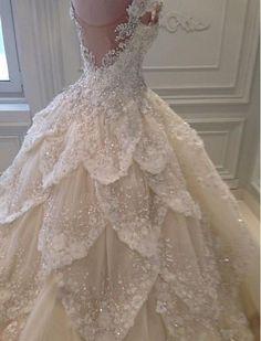 Micheal Cinco #wedding #dress #gown : http://www.wedding-dressuk.co.uk/wedding-dresses-uk62_25/p8
