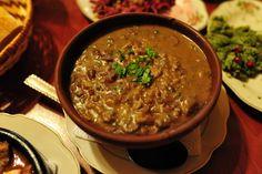 Lobio (Georgisch: ლობიო) is een Georgisch bonengerecht. Er bestaan een aantal varianten van het gerecht, zowel warm als koud. De basis bestaat uit nierbonen die, na eerst een poos geweekt te hebben, gestoofd of in zout water gekookt worden, licht gestampt en vermengd worden met uien, knoflook, verse koriander en peterselie, chilipepers, peper en zout. Het gerecht wordt doorgaans opgediend in een aardewerken pot en begeleid met brood.