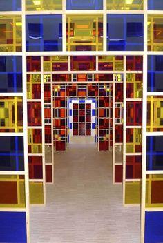 L'autre de l'art au LAM Installation Art, Art Installations, Daniel Buren, Happy Eyes, Verre Design, Contemporary Sculpture, Creative Pictures, Conceptual Art, Visual Merchandising
