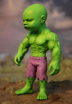 Temper Tot is a new 8″ vinyl art toy by New York contemporary artist Ron English that reimagines the iconic Incredible Hulk as a young muscular / angry looking toddler.