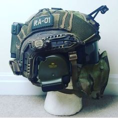 Airsoft hub is a social network that connects people with a passion for airsoft. Talk about the latest airsoft guns, tactical gear or simply share with others on this network Tactical Helmet, Airsoft Helmet, Airsoft Face Mask, Tactical Survival, Survival Gear, Taktischer Helm, Helmet Armor, Army Helmet, Combat Gear