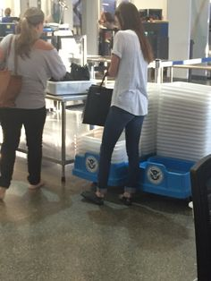 Effortless airport travel | Breeze through security without going barefoot with your JellyFeet!