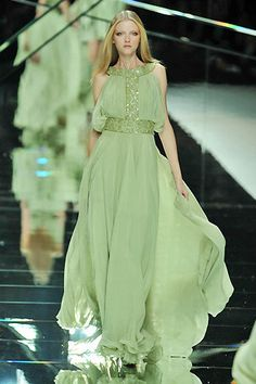 Elie Saab What a beautiful color of green.