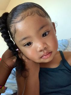 Cute Mixed Babies, Cute Black Babies, Black Baby Girls, Beautiful Black Babies, Cute Little Girls, Little Girl Outfits, Cute Kids, Kid Outfits, Kids Curly Hairstyles