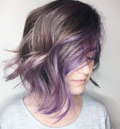 Pastel Purple Balayage For Brunette Bob Source by Pastel Purple Hair, Brown Ombre Hair, Hair Color Purple, Violet Hair, Hair Colors, Purple Balayage, Balayage Hair Blonde, Pastel Highlights, Grey Hair With Purple Highlights